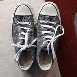 Herringbone converse men's 4/women's 6